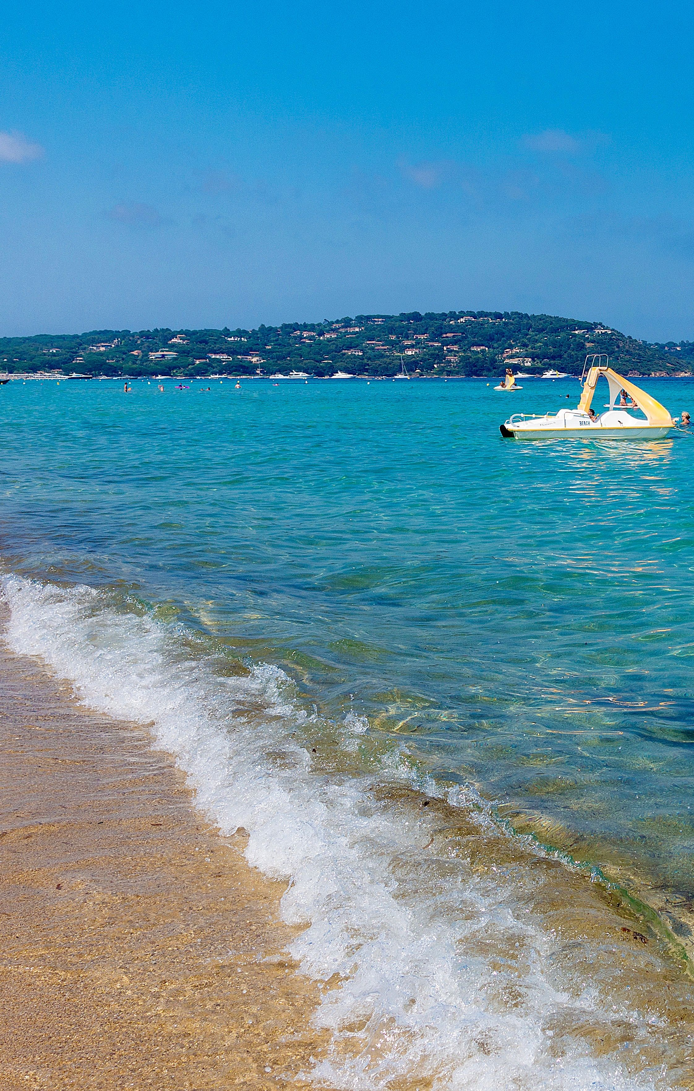 saint-tropez-french-riviera-beach-france-travel-style-38-1